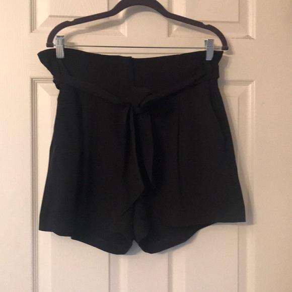 Dynamite paper bag shorts